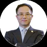 李昕隆 董事长 华韩整形美容医院 控股股份有限公司